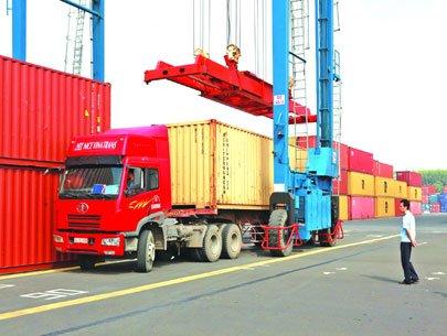 Doanh nghiệp logistics vào cuộc đua mới
