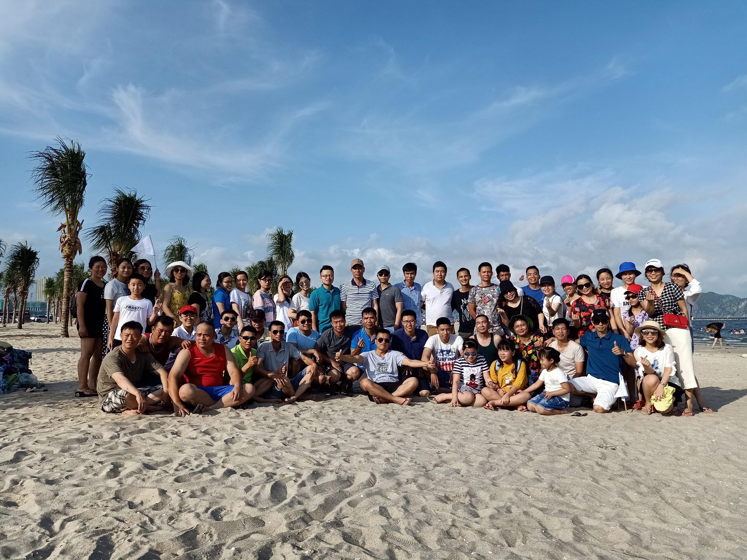 Một số hình ảnh đẹp trong chuyến du lịch hè 2019 của TNN Logistics tại Hạ Long – Quảng Ninh và Mũi Né – Phan Thiết